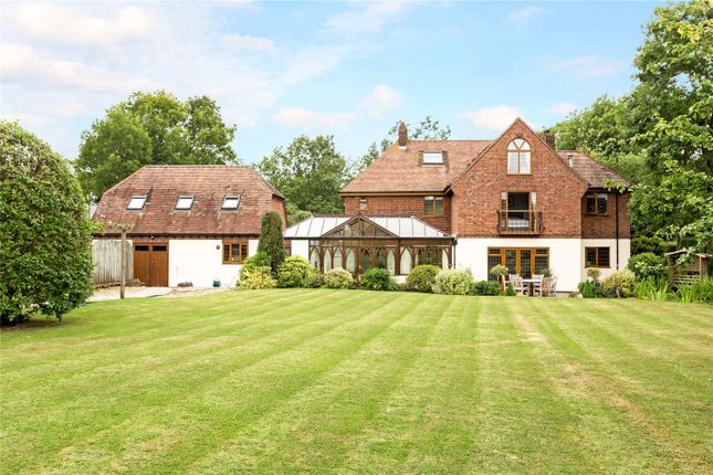 Thumbnail Detached house for sale in Banbury Road, Ettington, Stratford-Upon-Avon