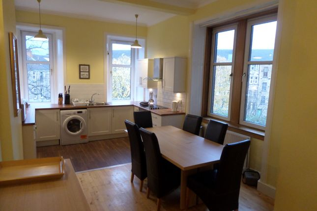 Thumbnail Flat to rent in Broomhill Drive, Glasgow