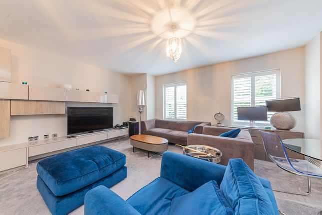2 bed flat for sale in Sandalwood Lodge, 71 Imperial Road, Windsor SL4