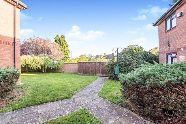 Communal Area of Pear Tree Close, Chessington, Surrey KT9