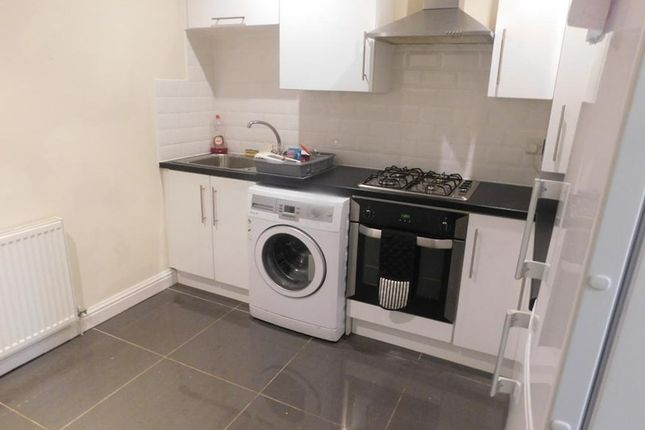Thumbnail Flat to rent in Pearson Court, Prince Alfred Road, Wavertree, Liverpool