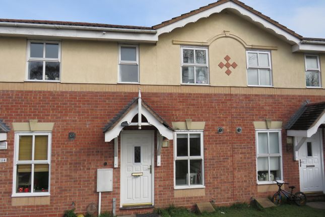 2 bed property to rent in Padstow Drive, Stafford
