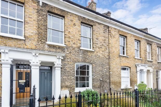 Thumbnail Terraced house to rent in Shrubland Road, London Fields