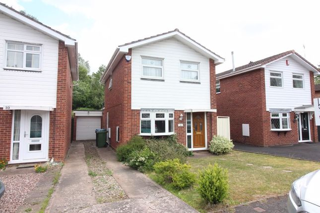 Front of Quendale, Wombourne, Wolverhampton WV5