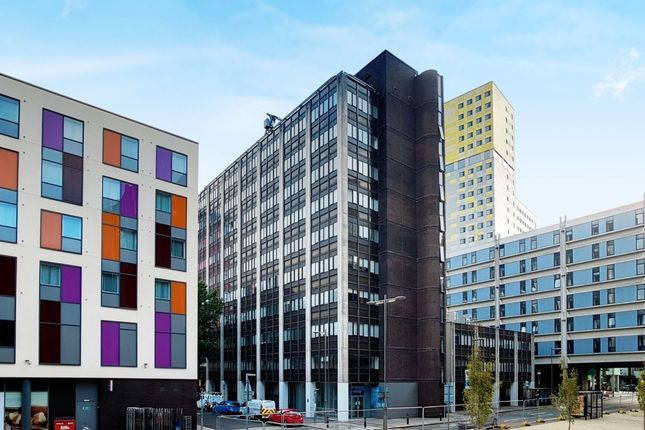 Thumbnail Flat to rent in Enterprise House Isambard Brunel Road, Portsmouth
