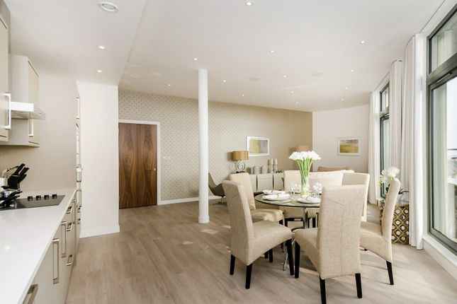 Thumbnail Flat for sale in The Observatory, Friern Barnet Road, London