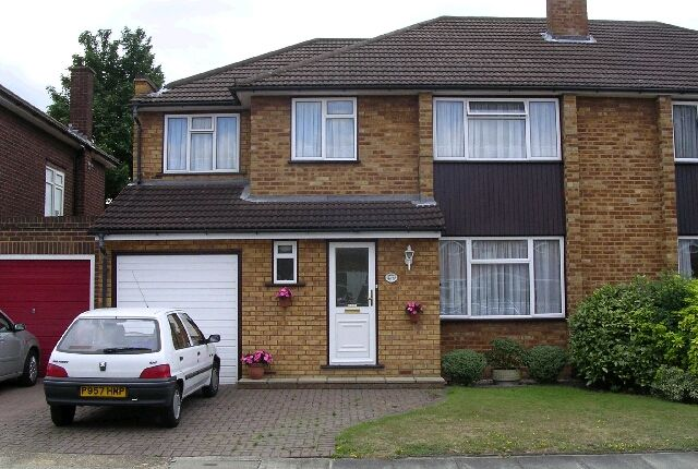 Thumbnail Semi-detached house to rent in Stanley Close, Gidea Park