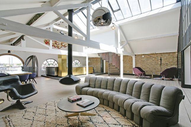 Thumbnail Flat to rent in Metropolitan Wharf Building, London