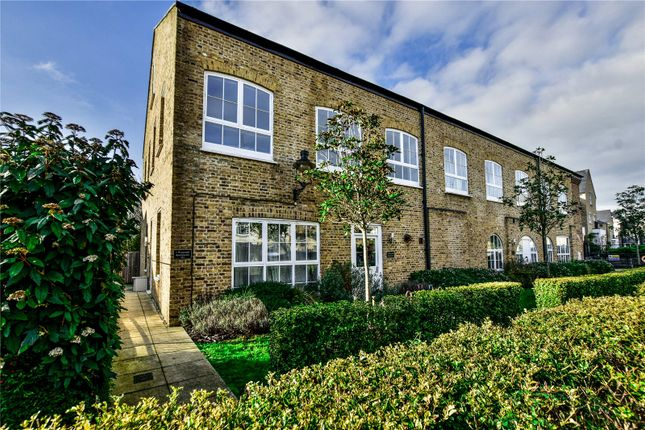 Thumbnail Flat for sale in Royal Quay, Harefield, Uxbridge, Greater London