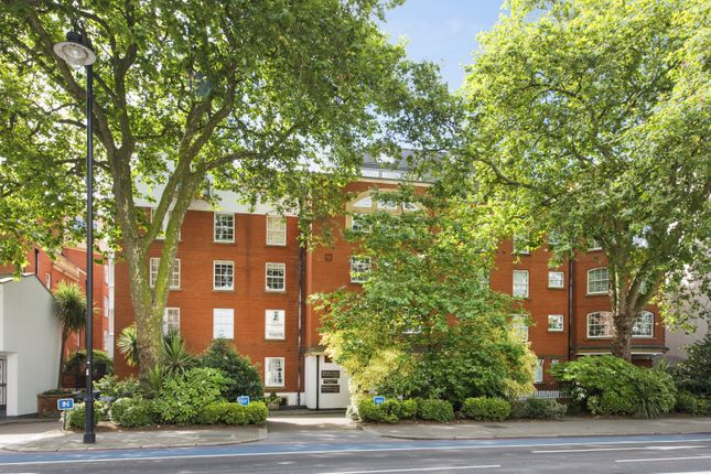 Thumbnail Flat to rent in Belvedere House, Grosvenor Road