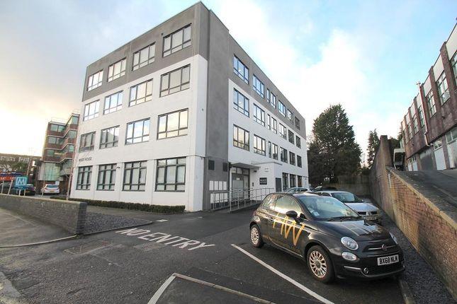 Thumbnail Flat to rent in Burrell Road, Haywards Heath