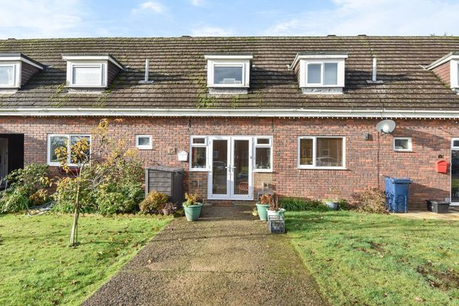 Thumbnail Terraced house for sale in Amersham, Buckinghamshire