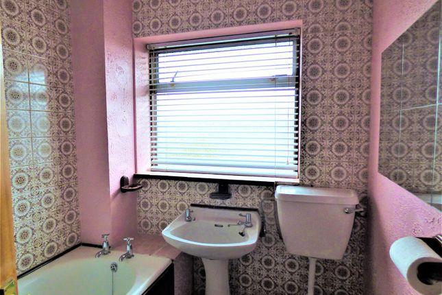 Bathroom of Strathmore Grove, St. Helens WA9