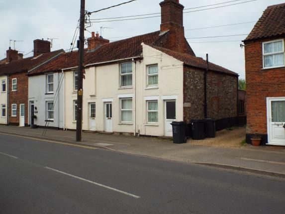 Thumbnail Terraced house for sale in Swaffham, Norfolk