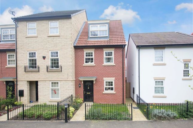 Thumbnail Town house for sale in Sovereign Walk, Corby