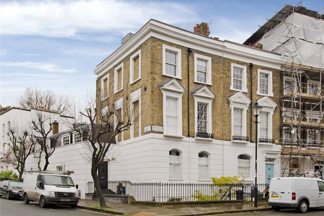 3 bed flat to rent in Thornhill Crescent, Barnsbury, Islington