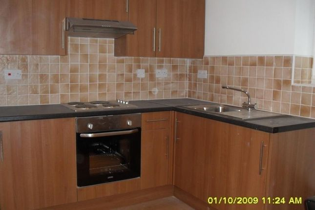 Flat to rent in 56, Colum Road, Cathays, Cardiff, South Wales