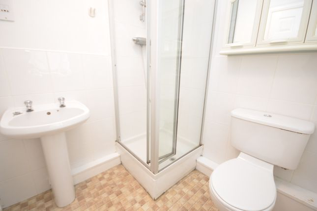 En Suite of Astbury Chase, Darwen BB3