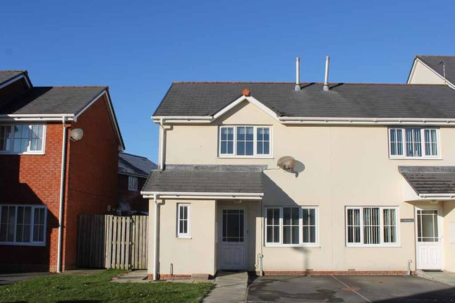 Thumbnail Semi-detached house to rent in 4 Clos Gerallt, Aberystwyth
