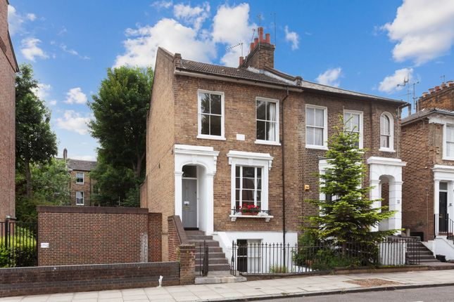 Thumbnail Maisonette for sale in Queen Margarets Grove, London