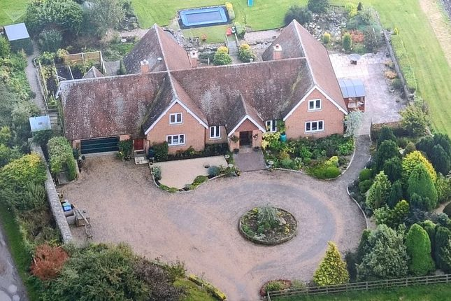 Thumbnail Detached house to rent in Yatesbury, Calne