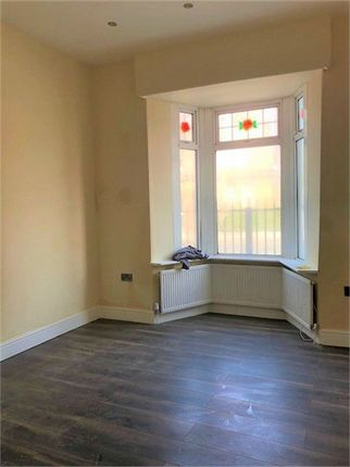 Thumbnail Terraced house to rent in Lea Bridge Road, London