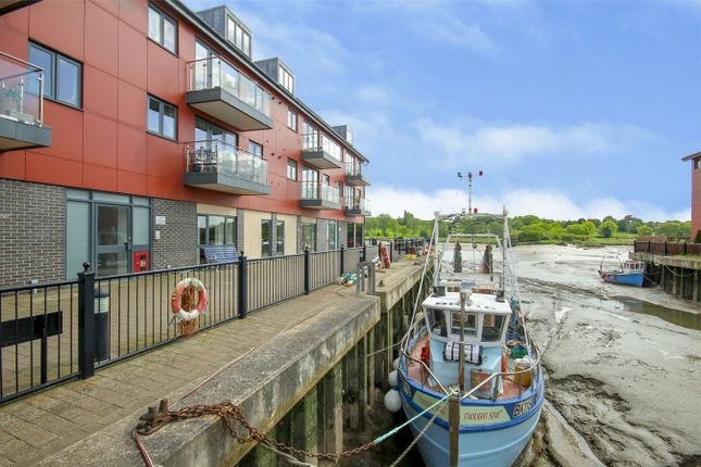Thumbnail Flat for sale in Pearl Walk, Wivenhoe, Colchester, Essex