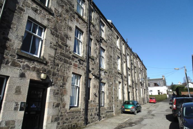 Thumbnail Flat to rent in Rosebank Terrace, Kilmacolm