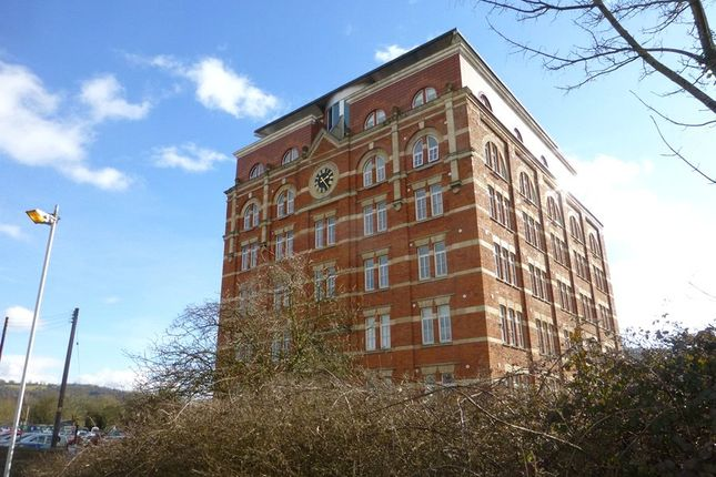 Thumbnail Flat to rent in Hill Paul, Cheapside, Stroud, Gloucestershire