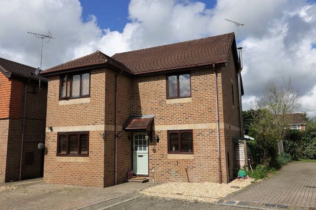 Thumbnail Detached house for sale in Park Close, Marchwood, Southampton