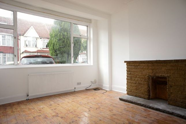 Thumbnail Terraced house to rent in Limpsfield Avenue, Thornton Heath