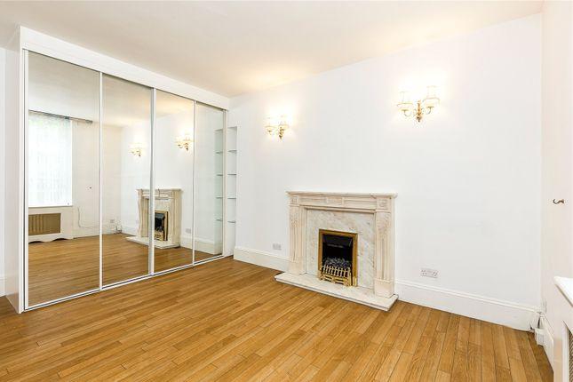 Studio Room of Meriden Court, Chelsea Manor Street, Chelsea, London SW3