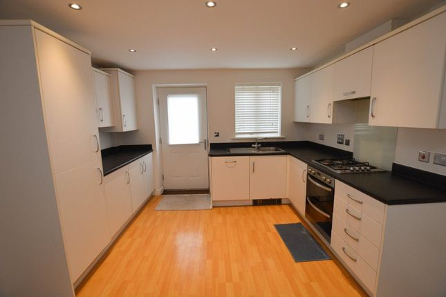 Thumbnail Property to rent in St. James Walk, Polegate