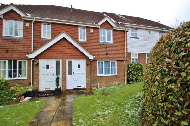 Thumbnail Terraced house to rent in Little Park, Durgates, Wadhurst
