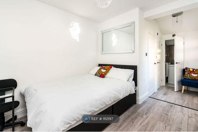 Thumbnail Studio to rent in Frant Road, Croydon