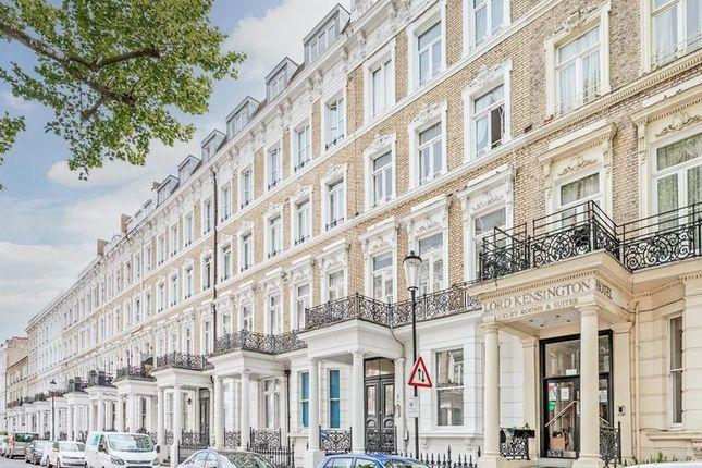Thumbnail Flat to rent in Earls Court, Kensington, London