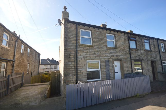 Thumbnail Cottage for sale in Wakefield Road, Lepton, Huddersfield