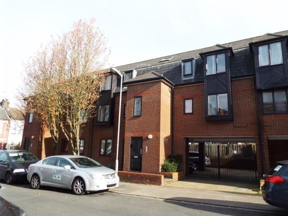 Thumbnail Flat for sale in Albany Court, Dallow Road, Luton, Bedfordshire