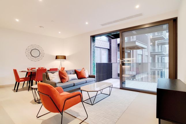 2 Bed Flat To Rent In Legacy Building Embassy Gardens Sw11 Zoopla