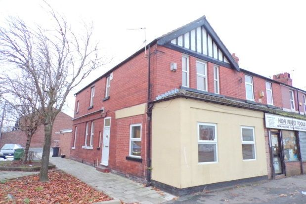 Thumbnail Maisonette to rent in Great Eastern, New Ferry Road, Wirral