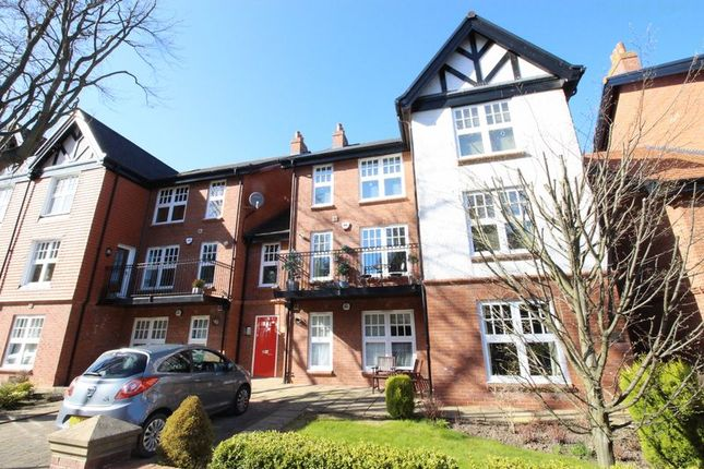 Thumbnail Flat for sale in Belvedere Road, Scarborough