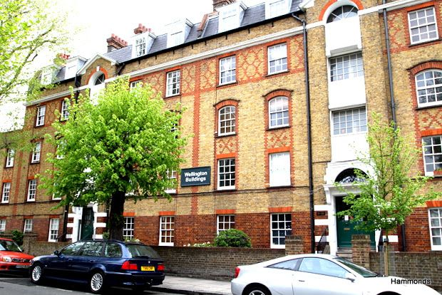 2 bed flat to rent in Wellington Way, Bow, London