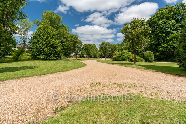Spencer Park. of Molesey Park Road, East Molesey KT8