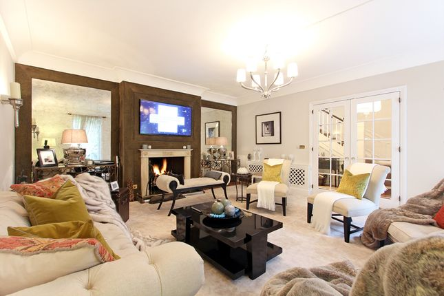 Thumbnail Detached house to rent in Cheyne Place, Chelsea