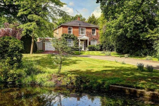 Thumbnail Detached house for sale in Coombe House Chase, New Malden, Greater London
