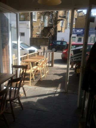 Thumbnail Restaurant/cafe for sale in Gillespie Road, London