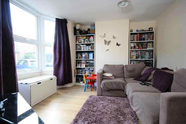 Living Room of Heatherside Road, West Ewell, Epsom KT19