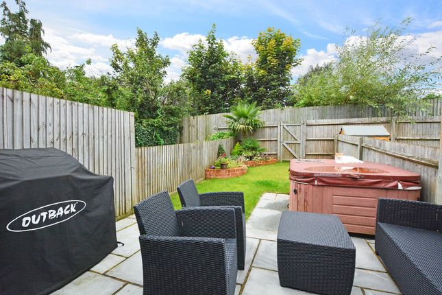 Thumbnail Terraced house for sale in Chatham Mews, Guildford