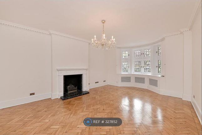 Thumbnail Flat to rent in Hyde Park Gate, London