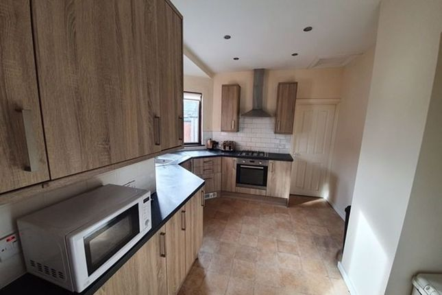 4 bed flat to rent in Hartington Terrace, South Shields NE33